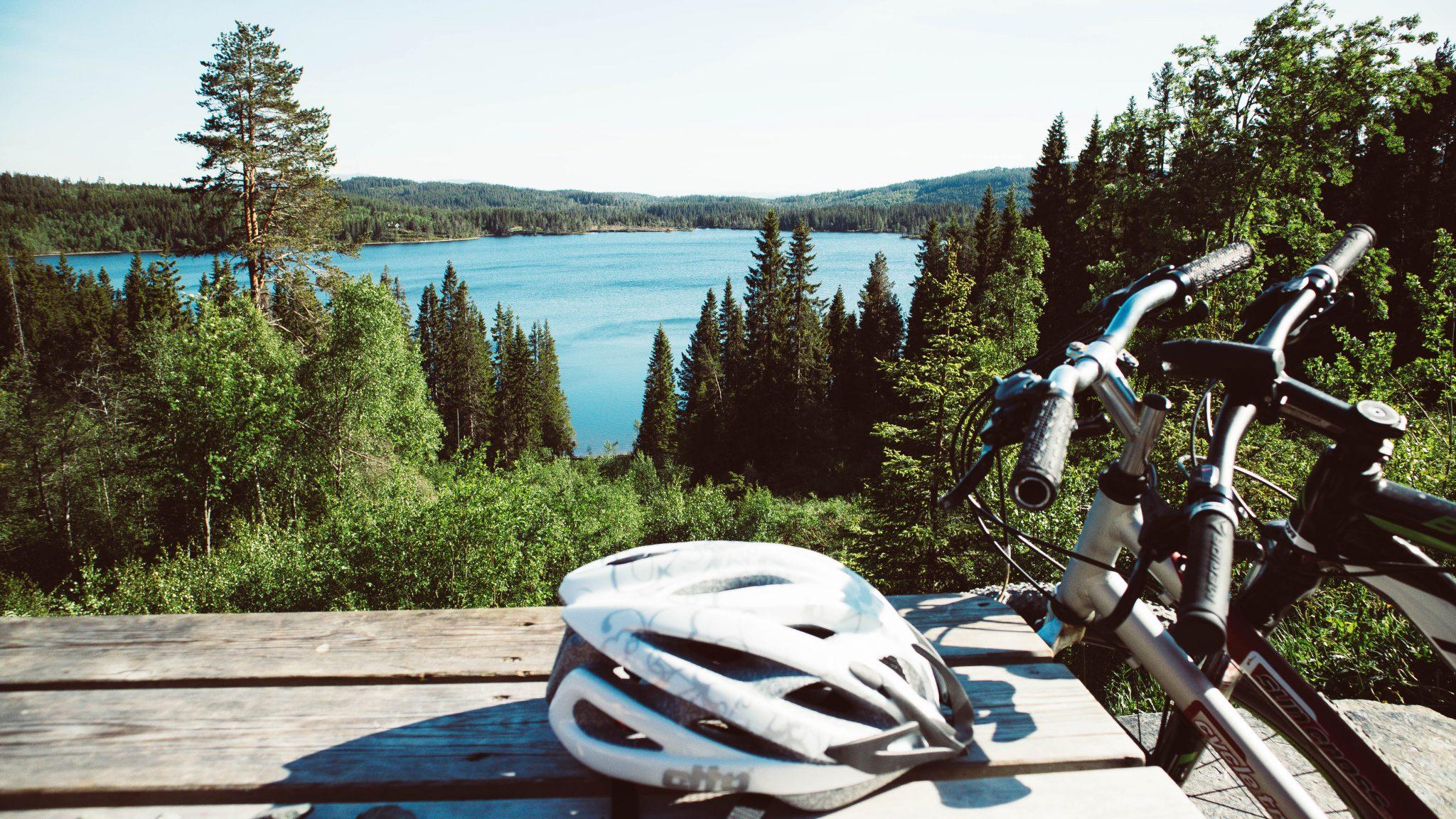 Widoka z Grønlia na jezioro